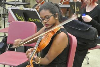 Violinist Pre Concert Warm Up
